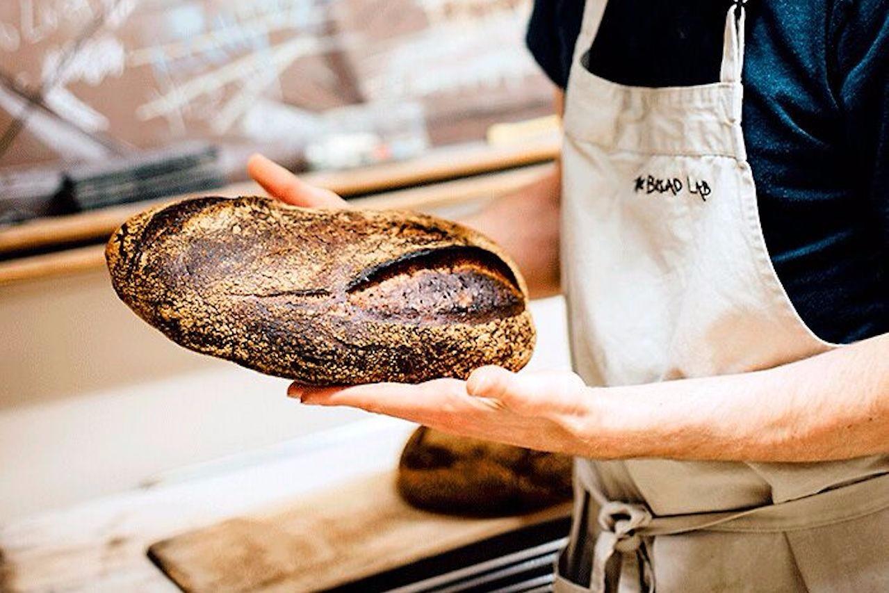 Seylou bread loaf